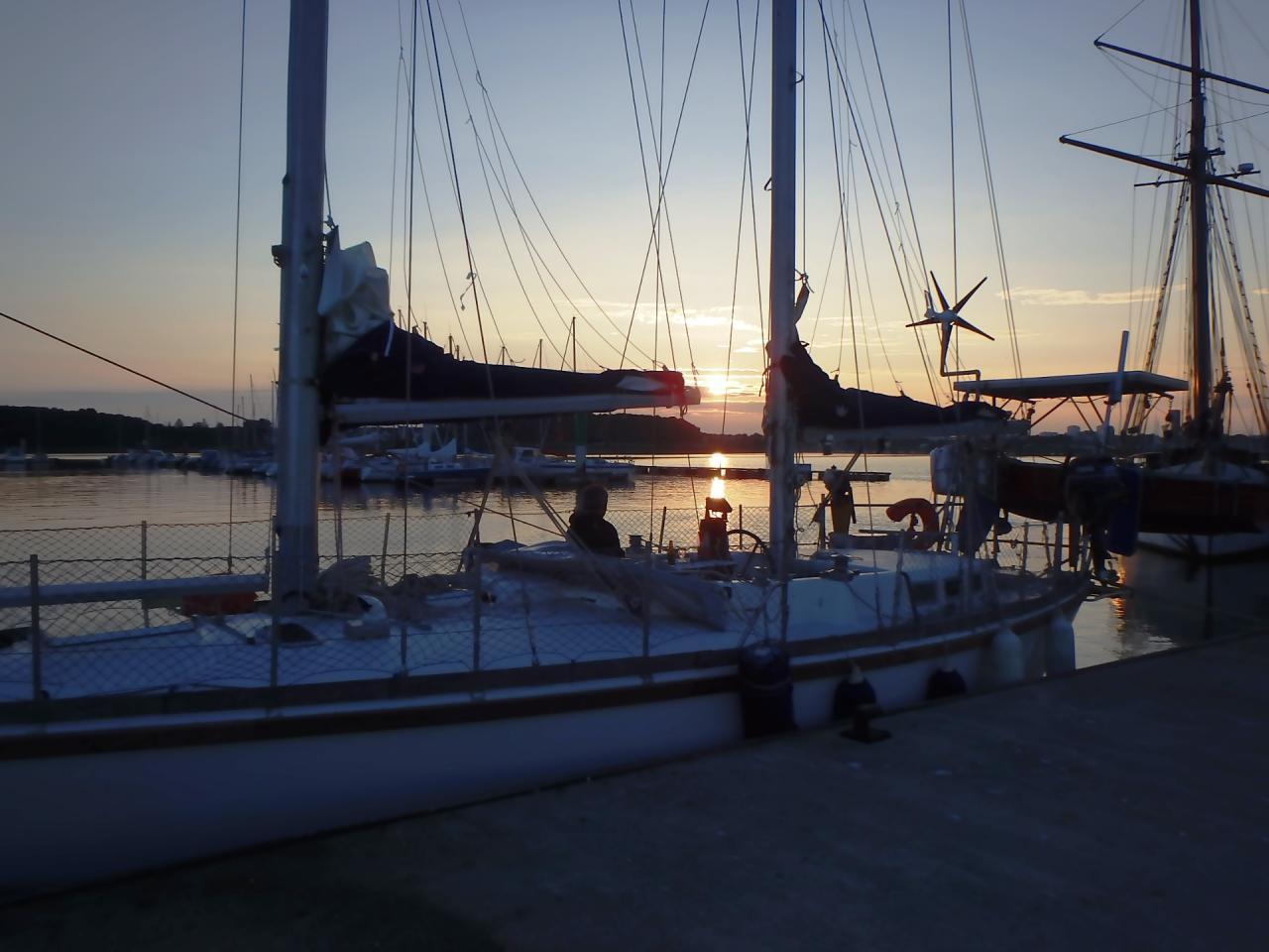 Coucher de soleil sur Lambarena au ponton à Kernével