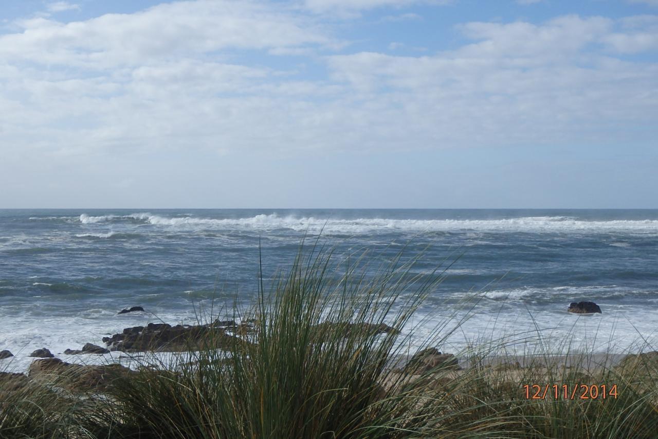 la plage et ses grosses vagues