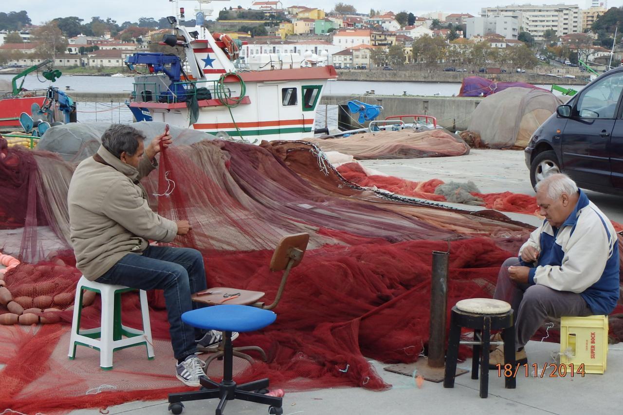 Gaia : pêcheurs sur les rives du Douro