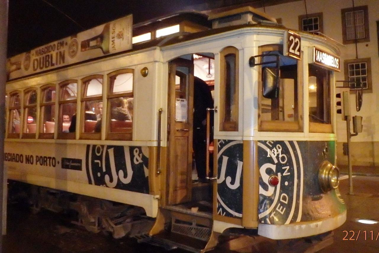 Le vieux tramway de Porto