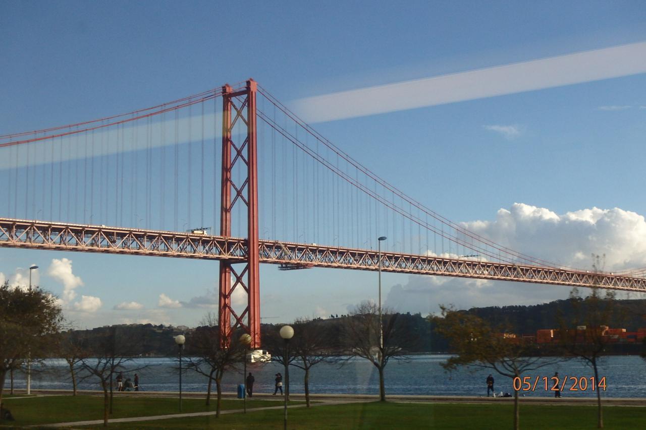 Lisbonne : le pont sur le Tage