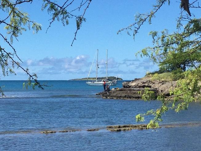 Lambarena au mouillage à True Blue Bay
