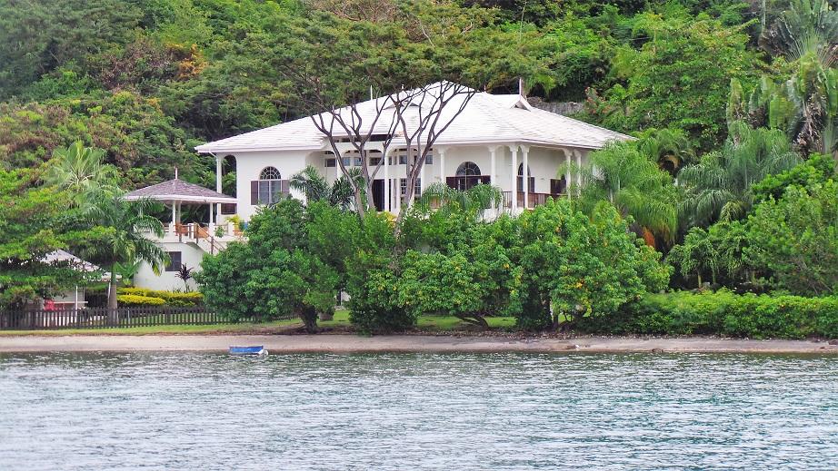 Belle propriété à Port Egmont