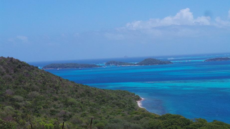 Vue sur les Tobago Cays depuis Grand Col