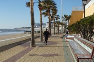 promenade du bord de mer à Rota