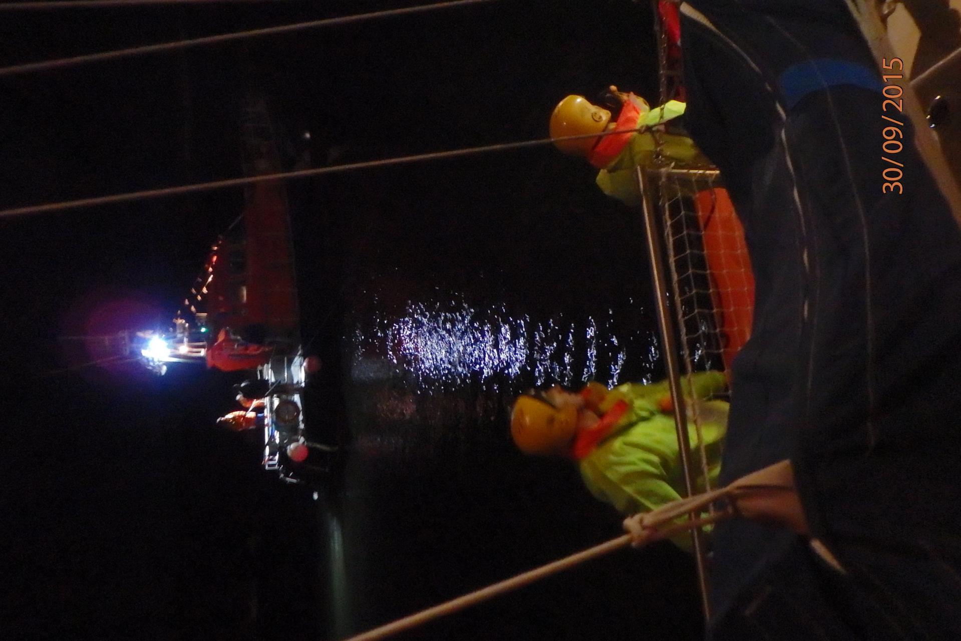 Pompiers et vedette SNSM